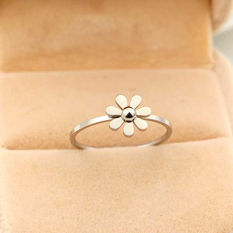 Trendy Women Rings Flower Brand Designers Female Rose Gold Ring for Women Gift Jewelry in Rings from Jewelry Accessories
