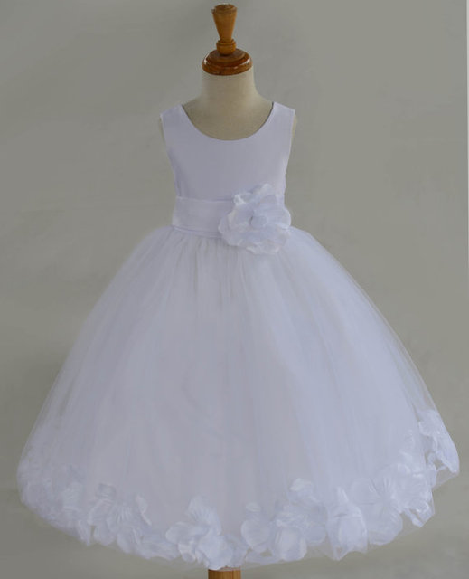 590a82902c99 Baby Girls Pure Luxury Bottom Pattern Party Wedding Dress Big Bow Ball Gown  Princess Dress For Girls Costume 3-8 Years Old