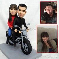 OOAK ручной скульптурный Полимерная глина Мини кукла ручной работы искусство куклы для мотоциклистов ездить мотоцикл свадебные подарки пода