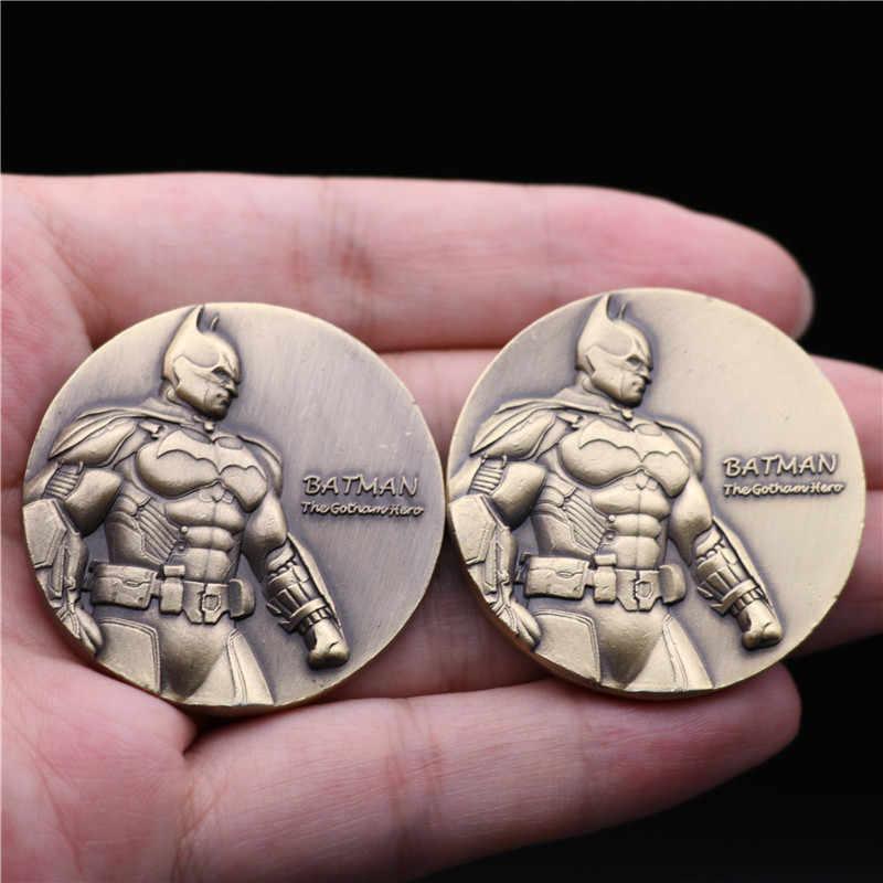 Badge du film de super-héros The Dark Knight Batman Joker, pièces commémoratives de 4CM, Badge de noël, en métal de 4CM