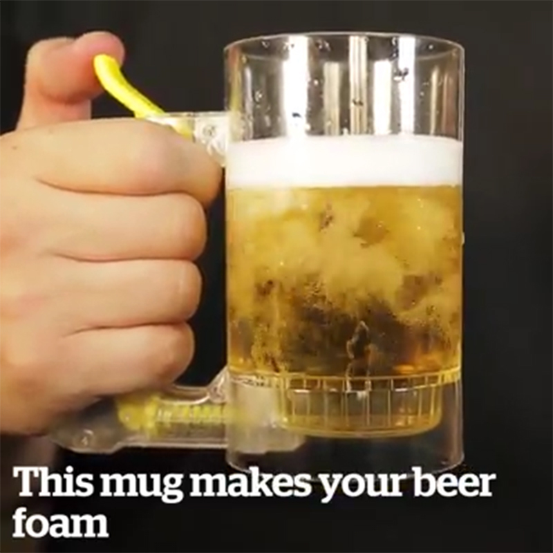 Chope à bière auto-moussante