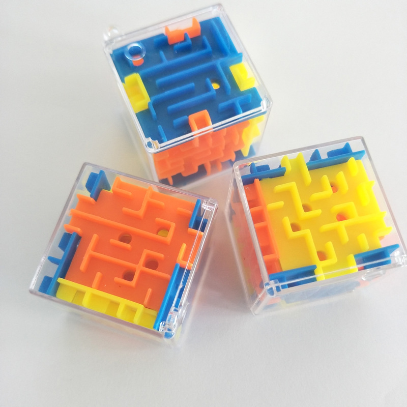 3D Mini Maze Cube Puzzle Toys Hand Game Case Box Fun Rolling Balls Toys Children Balance Challenge Fidget Labyrinth Kids Toys