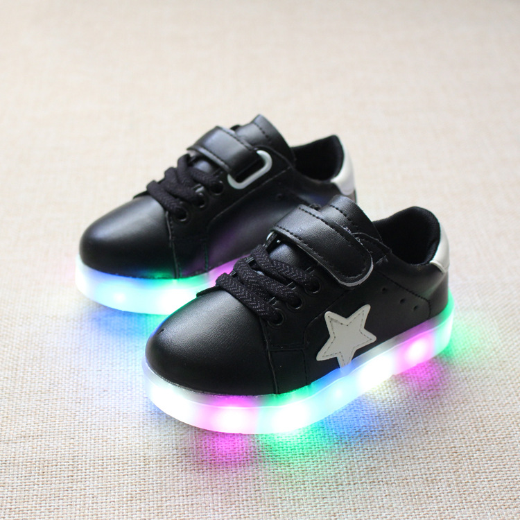 efa67baabbd977 2018 New LED light baby shoes 1 to 5 years old girls and boys casual shoes  soft bottom toddler shoes children glowing sneakers-in First Walkers from  Mother ...