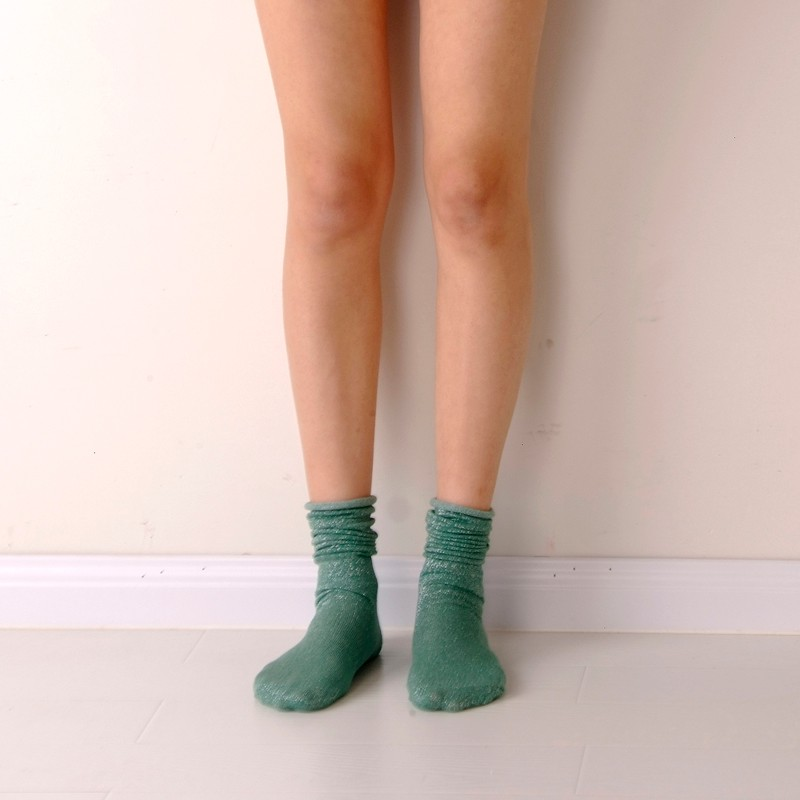Fashion Long Socks Women Winter Cotton Happy Socks Funny Shiny Loose Glitter Socks Thick Warm Edge Curl Elegant Christmas Socks 11