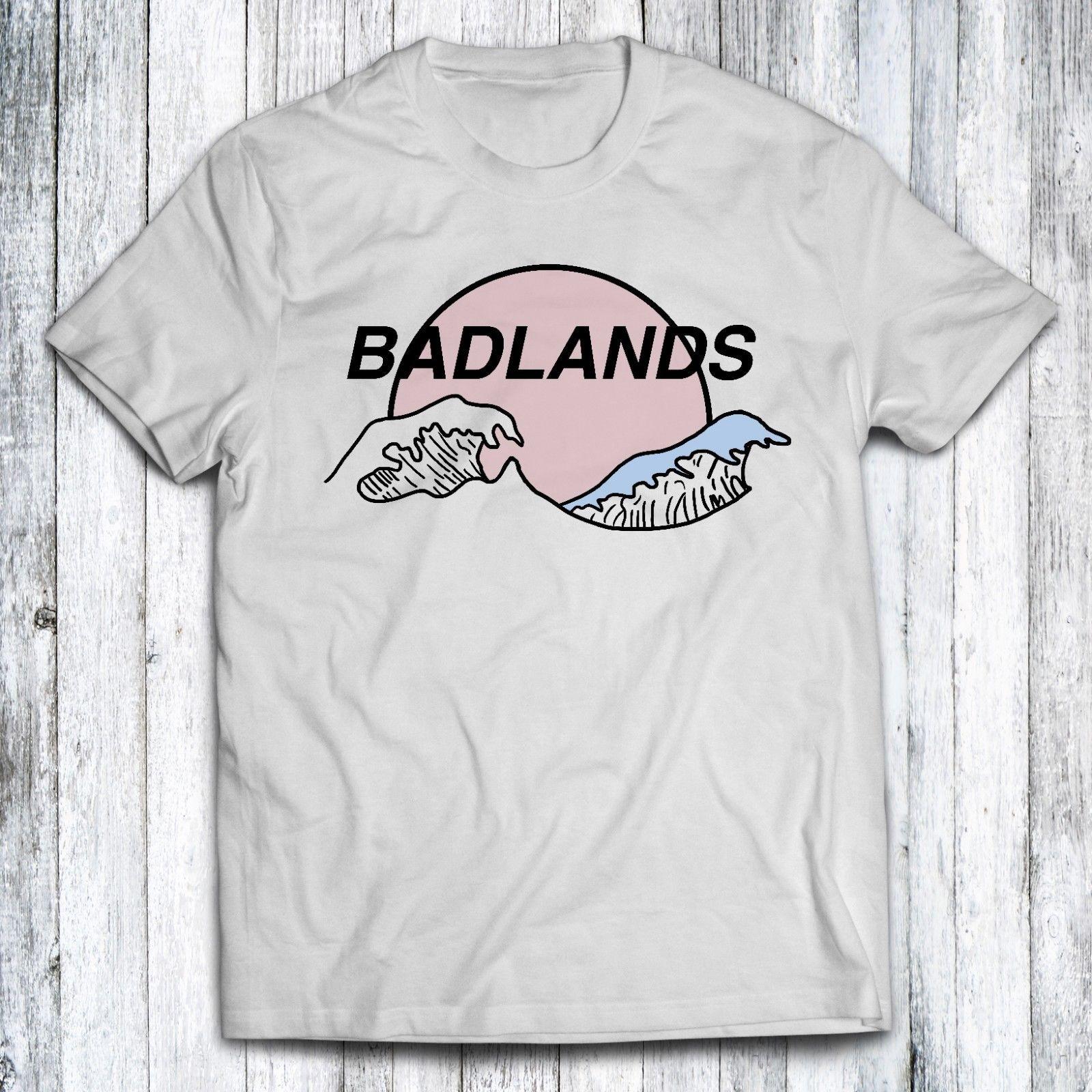 New Halsey BADLANDS Logo Men/'s Black /& White T shirt tee