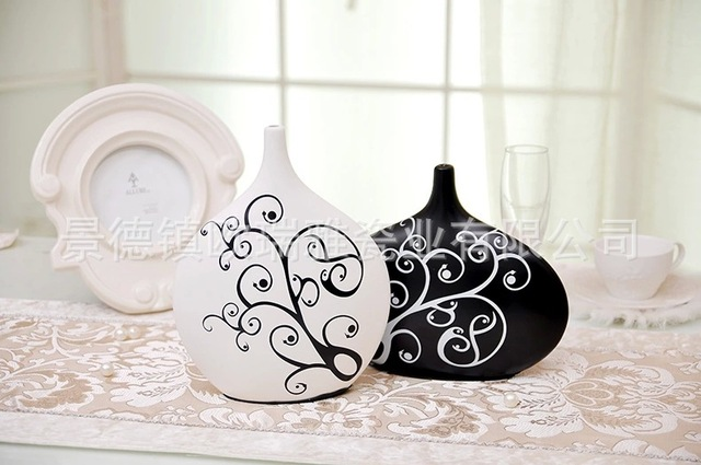 Clearance Products Home Decoration Creative Modern Black And White