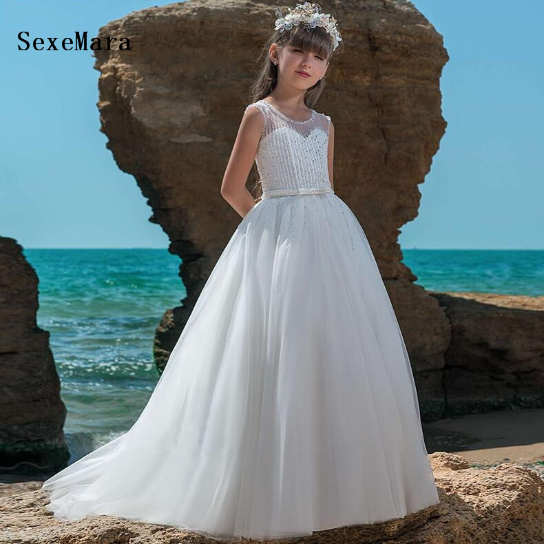 High Quality White Ivory Princess First Communion Dress Sheer Neck Beading Lace Girls Dresses for Wedding Party Pageant Gown цена 2017