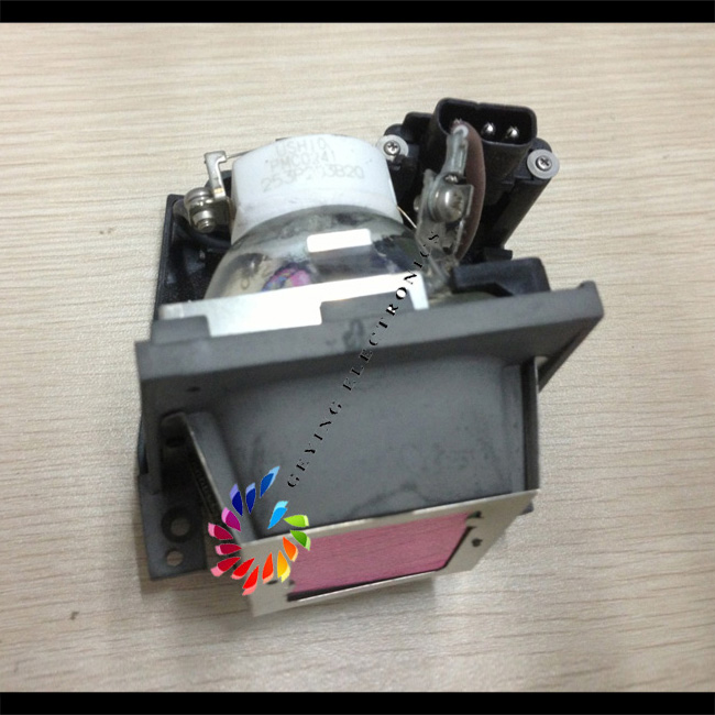 Original Projector lamp with housing VLT-SD105LP for LVP-SD105 LVP-SD105U LVP-XD105 LVP-XD105U compatible projector lamp vlt sd105lp bulb for sd105 sd105u xd105u