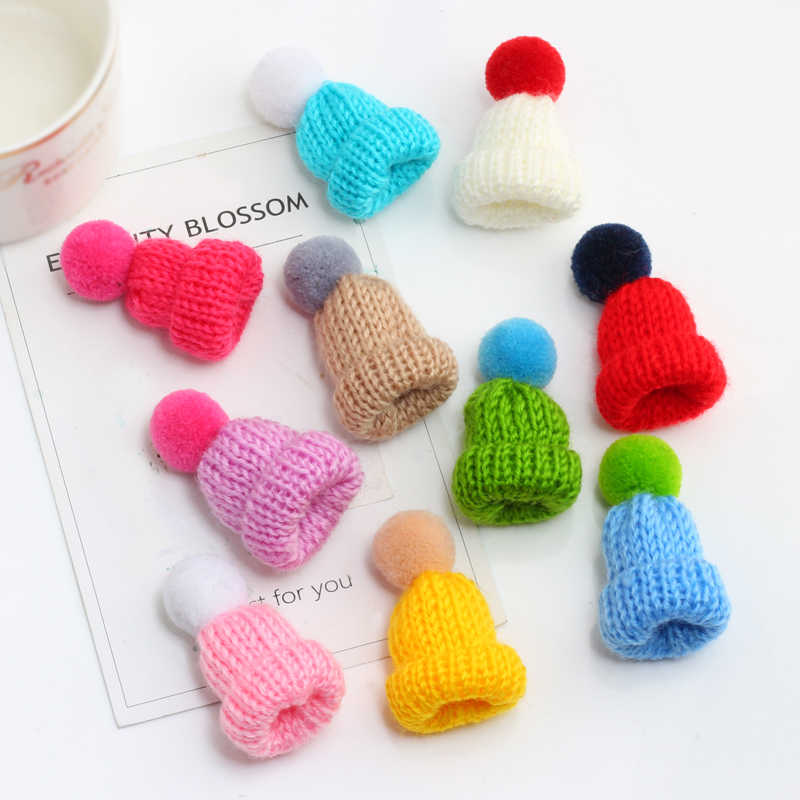 Fashion Cute Mini Colorful Woolen Knitted Hairball Hat Pins Brooch For Women Men Badge Collar Hats Sweater Pin Accessories Gift