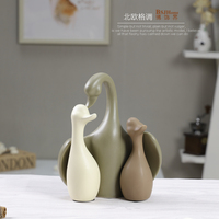 Minimalist ceramic Swan family Design home decor crafts room decoration handicraft porcelain animal figurines wedding decoration