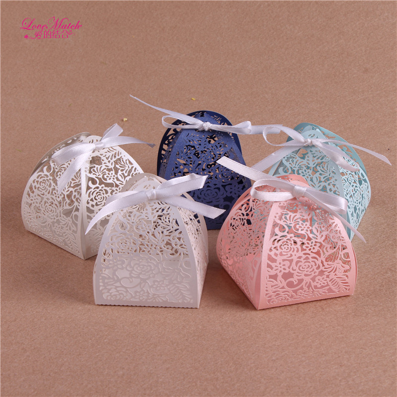 50pcs Wedding Favor Box Wedding Favors And Gifts Flower Laser Cut