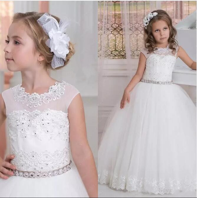 2017 Cap Sleeves Crystals Lace Tulle Flower Girl Dresses Vintage Child Pageant Dresses Beautiful First Communion Dress beautiful lace embrodiery cap sleeves kids first communion dresses lace up sheer crew neckline flower girl dress 2 12 year old