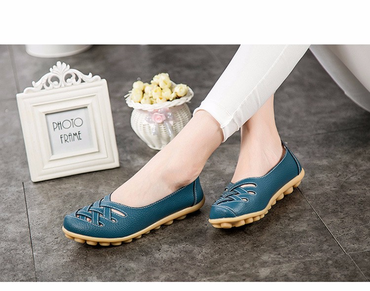 Hot Sale 2016 Spring New PU Leather Woman Flats Moccasins Comfortable Woman Shoes Cut-outs Leisure Flat Woman Casual Shoes ST181 (31)