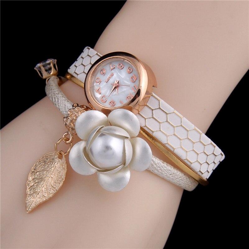 gamma completa di specifiche outlet classico SLOGGI Brand Bracelet Watches European Style Flower Decor ...