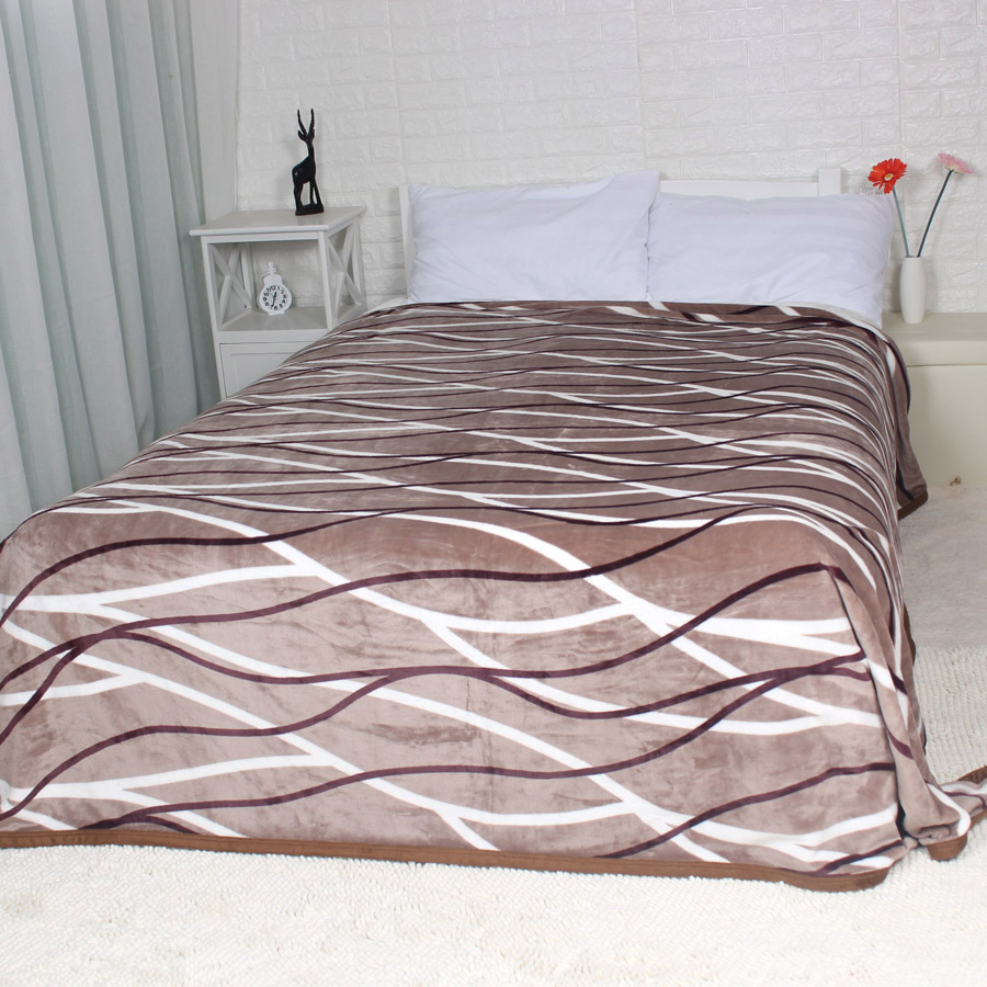 Coffee Striped  Soft Warm Throw on the Bed Sofa Couch 200x220cm Flannel Fleece Blanket for Spring Autumn King Size Bedding Sheet