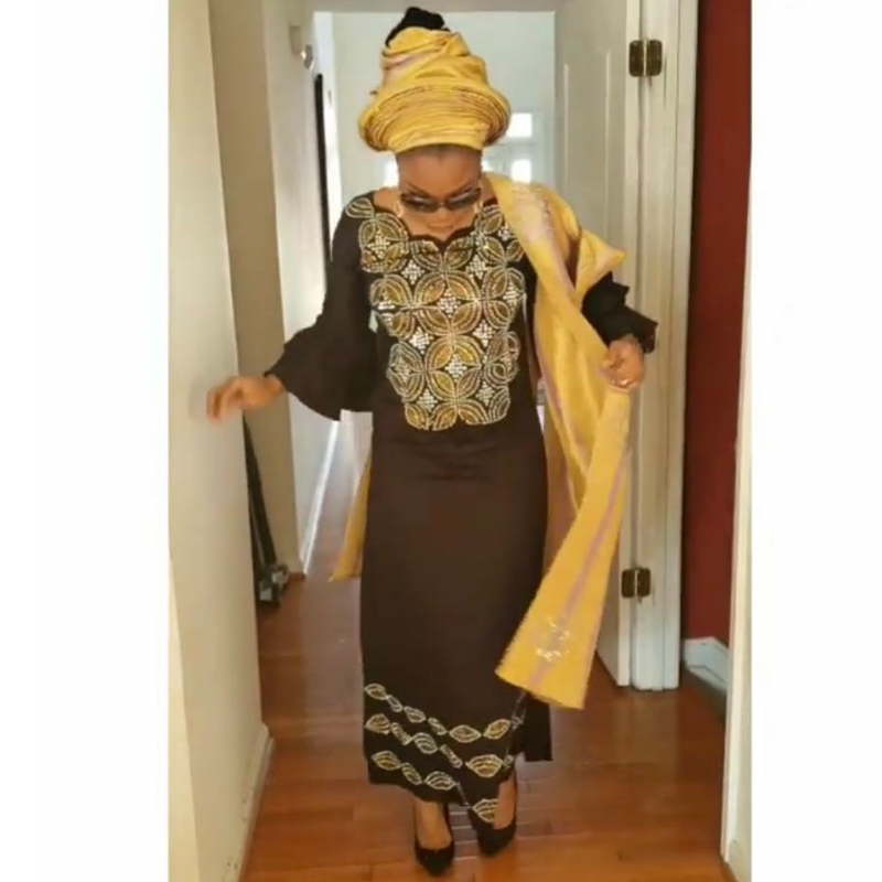 H&D african dress for women plus size dresses with head wraps women's embroidered maxi dress 2019 dashiki african clothes S3314