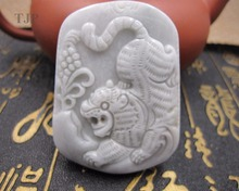 Natural grade A jadeite carved wealth tiger Sweater pendants jade with certificate together fine jewelry