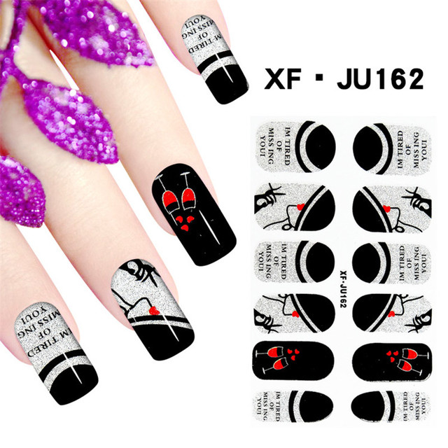 Nail Polish Wraps Queen To Bend Light