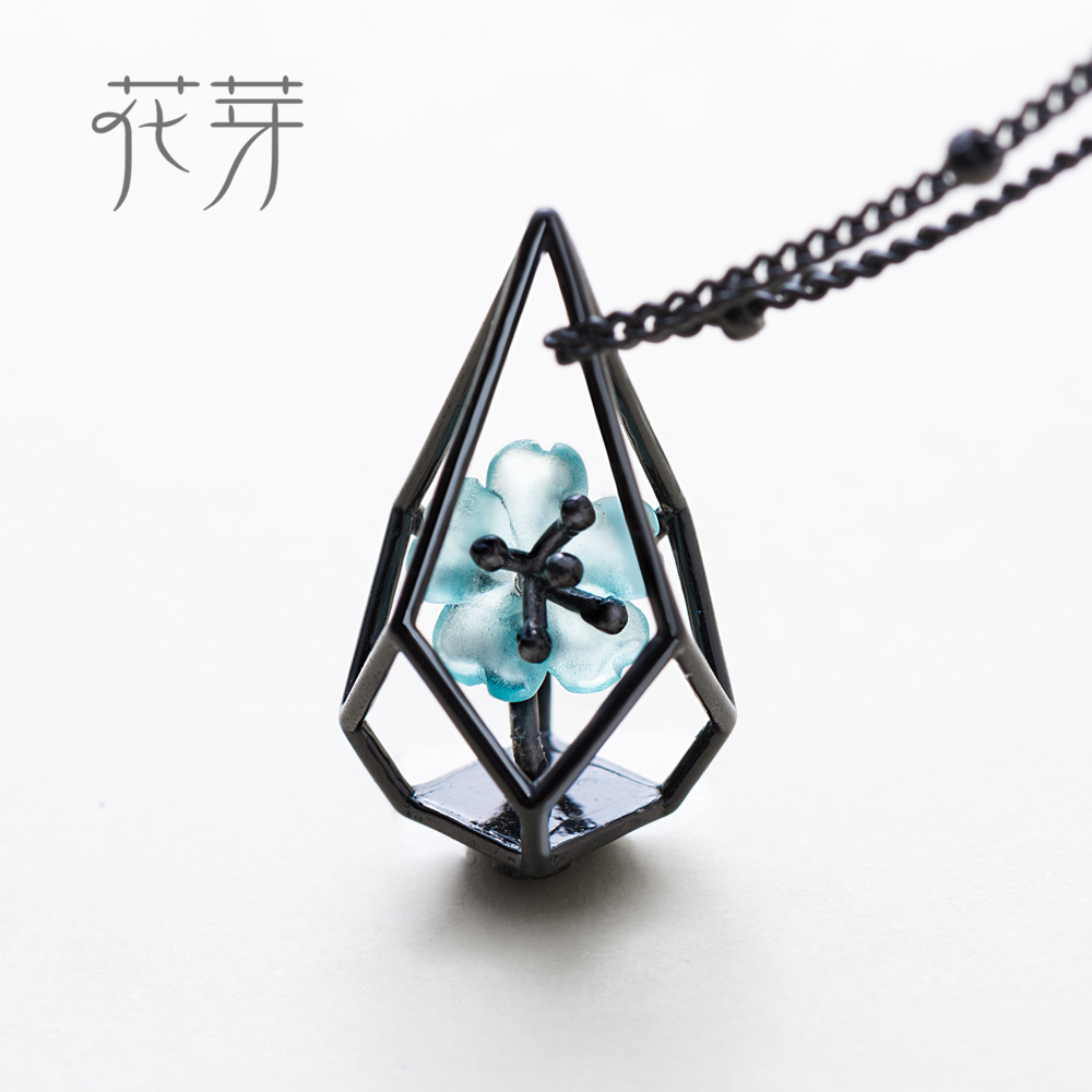 Thaya Blue Flower Terrarium Chain Necklace Black s925 silver Blue Crystal Flower Pendant Necklace Elegant Jewelry for Women chic women s flower pendant necklace