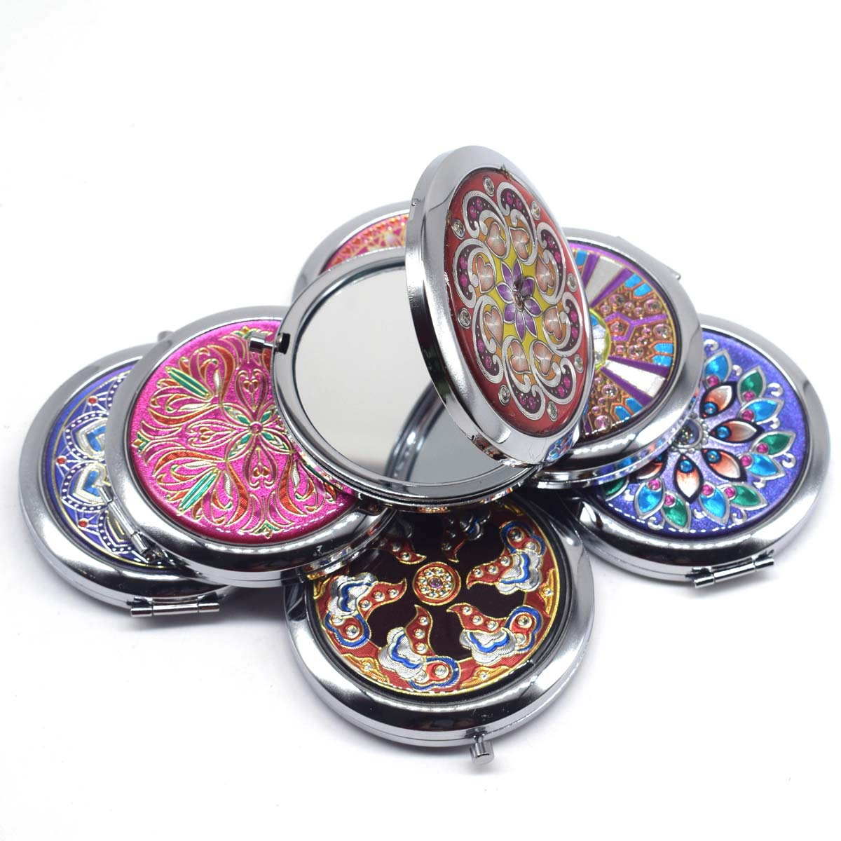 Купить с кэшбэком Portable Foldable Pocket Metal Makeup Compact Mirror Woman Cosmetic Mini Beauty Normal Magnifying Mirror Double Sides Mirrors