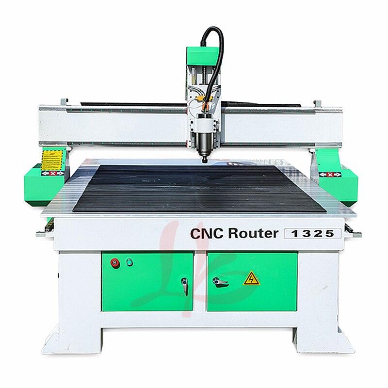 Routeur en bois CNC 1325 3.2KW refroidi à l'eau broche unique tête PCB machine de découpe gravure sur métal
