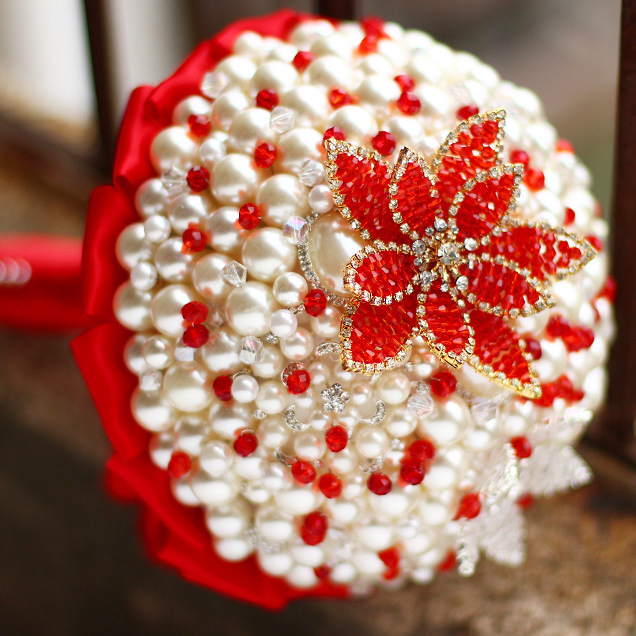 Custom Red Brooch Bouquet Bridal bride Crystal Pearls Bouquet, Chinese style Wedding decoration Pearl bridesmaid bouquets