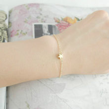 Lady Charming Elegant Gold Color Star Shape Simple Chain Bracelet Women Jewelry Gift(China)