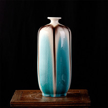 Classical Jingdezhen Ice Crack Glaze Ceramic Vase Ancient Palace Decorative Vase