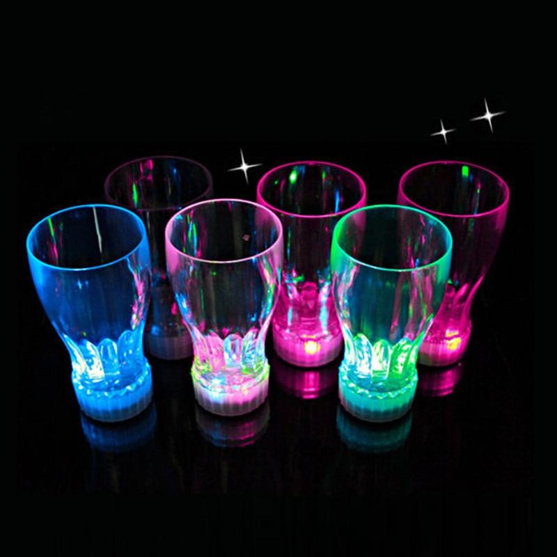 10ks / lot Novetly LED Bliká Pivo Pít pohár Pro kuchyň, jídelní a bar Akrylové záře Světlo Hračky Barevné led cola pohár
