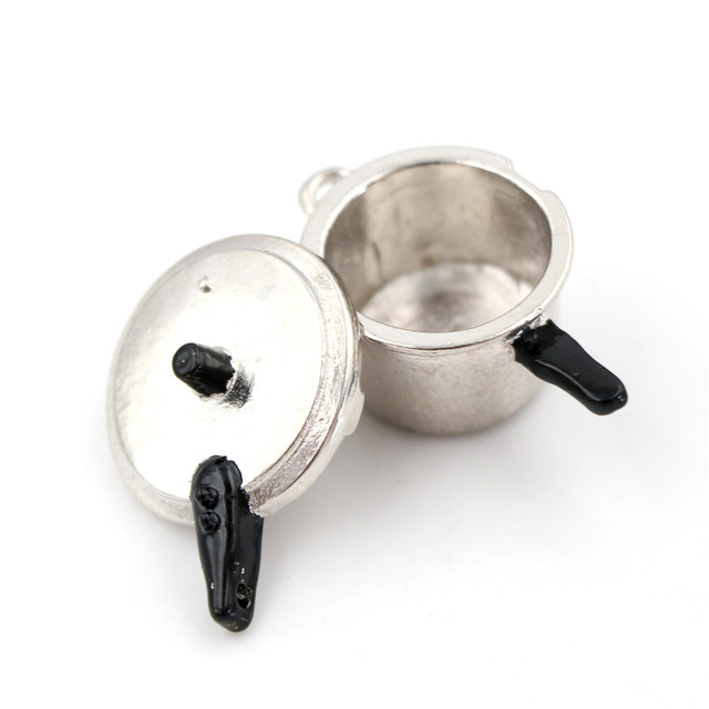 1:12 Cute Miniature Kitchen Pan For Doll House