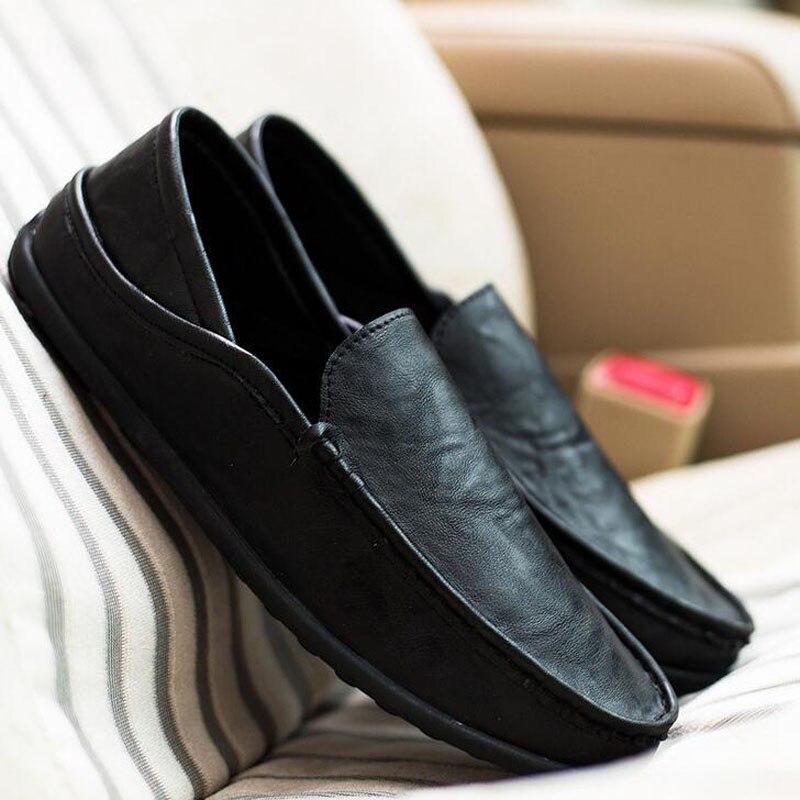 2018 Hot Sale Höst Mode Män Casual Slip-On Mjukt Läder Doug Shoe Fritid Andas Körskor Lövskor Skor Storlek 39-44