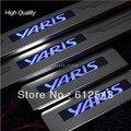 Frete grátis! para a Toyota Yaris 2007 2008 2009 2010 2011 2012 car styling LED Placa do Scuff do Peitoril Da Porta raspar guardas cobertura passo protetor