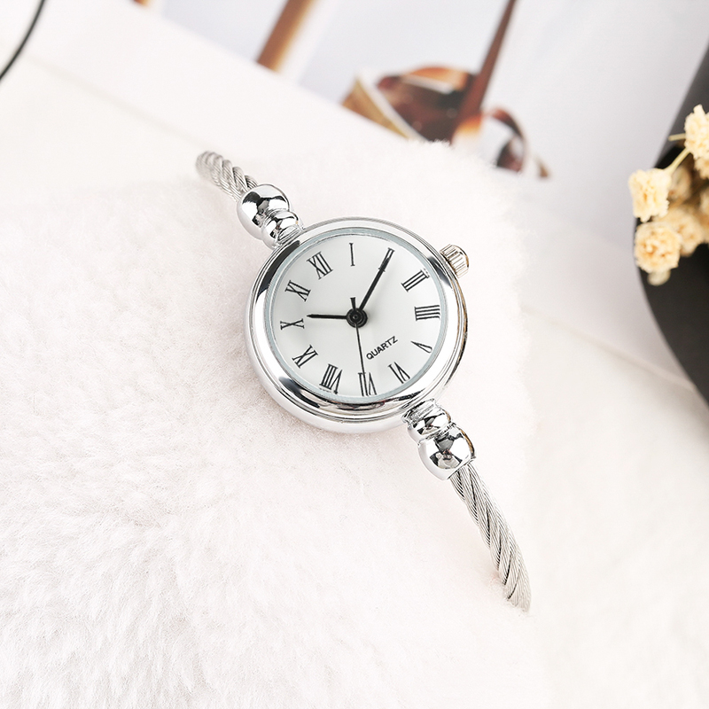 Trendy Elegant Roman Number Dial Lady Wrist Watch Stainless Steel Band Quartz Women Watch Bracelet Clock Gift for Girl Mini Size купить в Москве 2019