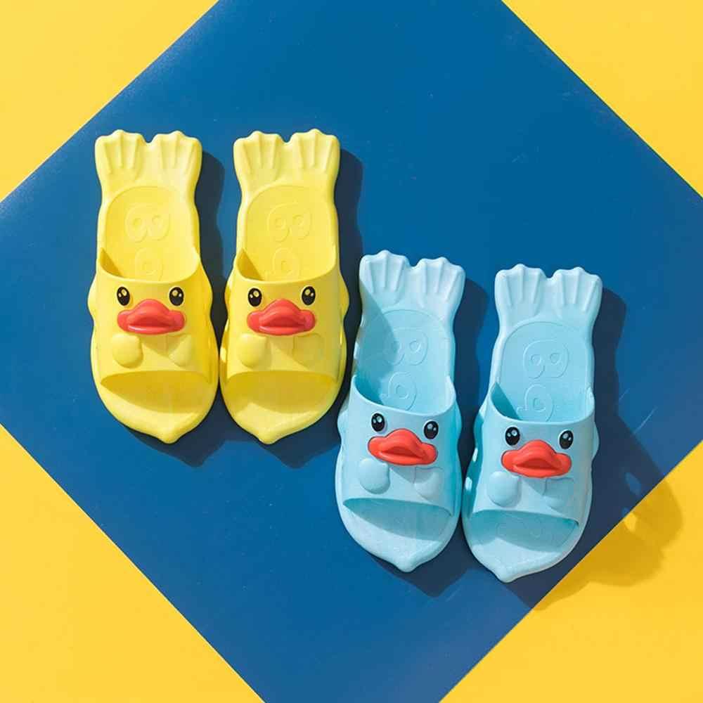 2019 zapatillas de bebé para niñas, zapatillas de goma para niños, zapatos resistentes a la abrasión de pato de dibujos animados, zapatillas de ducha para niños