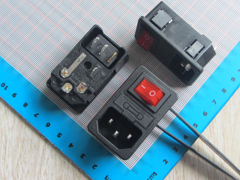 Free Ship 20pc High Quality SS-8B-2 Switch With Light AC Power Socket 10A 250V With Fuse Holder 5*20MM