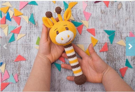 Receita chocalho Girafinha – The Hand Made | 387x570