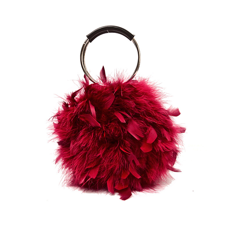 2018 Autumn New Furry Women's Evening Bag Crossbody Bag Round Plush Bag Magnetic Buckle Ostrich Feather Chain Ring Bag купить дешево онлайн