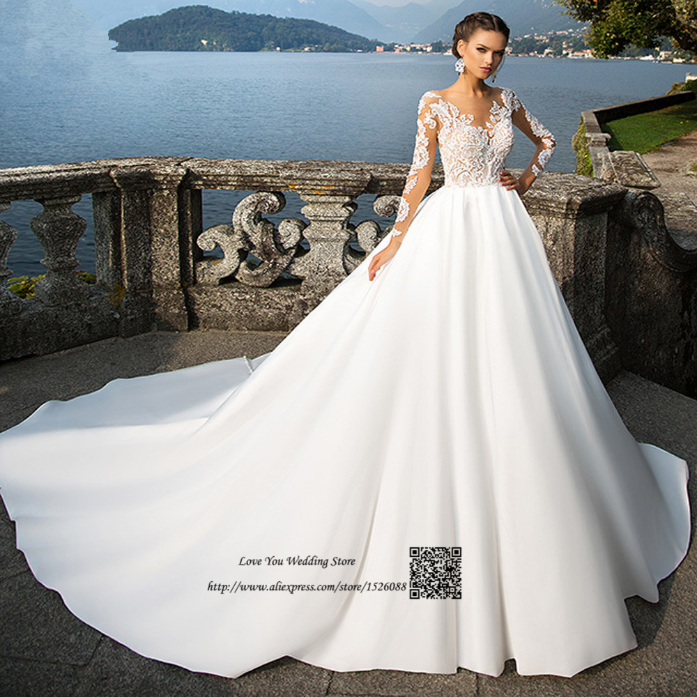 Elegant Arabic Wedding Dress Long Sleeve Ball Gown Bride