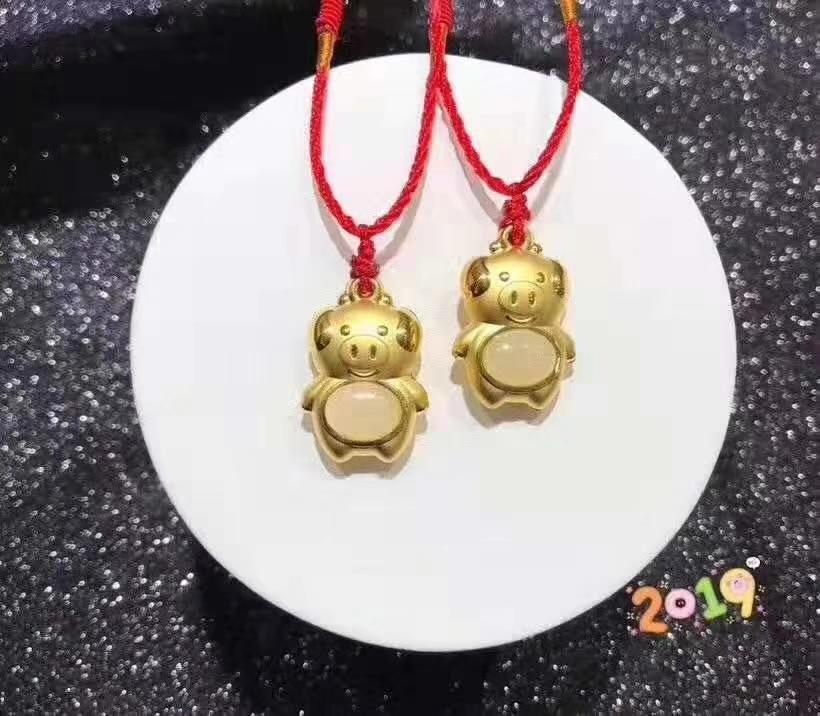 Koraba bijoux fins 24 K Jaune Or Chinois Blanc Jade Porc de Bande Dessinée Pendentif Corde collier pour femme Cadeau Collier de Pierres Précieuses