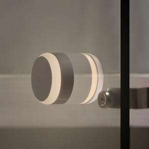 Image 4 - Xiaomi Mijia LED corridoio luce notturna 2 telecomando a infrarossi sensore di movimento del corpo Smart Home per Mihome lampada da notte magnetica