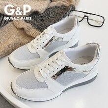 春の新スニーカー女性プラットフォームカジュアルスポーツ靴の女性の厚い底ファッション靴レースブリンブリン工場直接販売