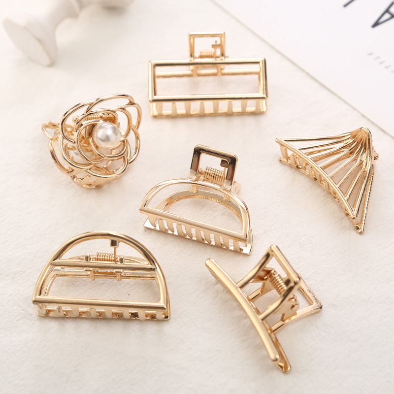 1Pcs Vintage Seashell Fashion Hair Accessories For Women Modern Stylish Hair Claw Hair Clips Bun Maker Make Hair Styling Tool