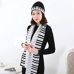 Осенне-зимняя обувь сезон вязать теплые удобные модные музыка элемент фортепиано шапки и шарфа Комплект вязаный из двух частей