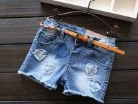 Nuovo Arrivo Neonate Moda Shorts In Denim di Estate Delle Ragazze Pantaloncini di Jeans Con Cintura Bambini Primavera Estate Pantaloni Corti