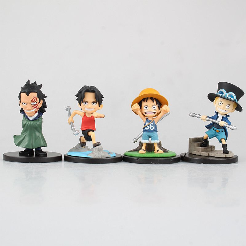 4PCS/SET Japan Anime ONE PIECE Luxury Capsule Toys Luffy Sabo Ace childhood Dragon PVC collectible model action figure toy f