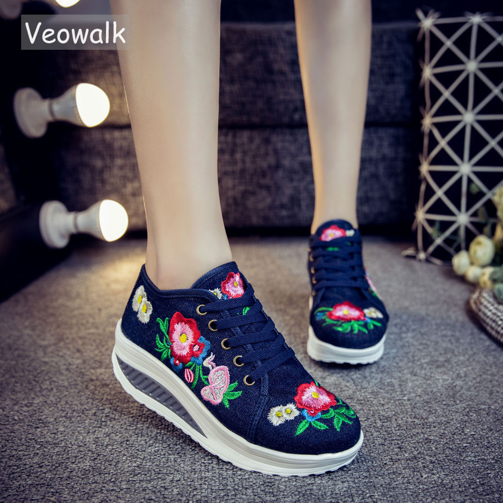 Veowalk Floral Embroidery Women's Fashion Canvas Flat Platforms Lace up Ladies Casual Comfort Sneakers Shoes Woman Creepers veowalk hidden platforms women casual canvas embroidered sneakers mid top lace up ladies comfort denim cotton travel shoes
