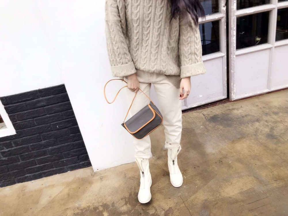 UNICALLING simple fashionable women leather messenger bag female genuine leather shoulder bag in Top Handle Bags from Luggage Bags
