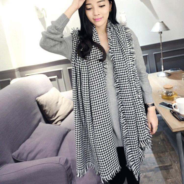 South Korea's autumn/winter 2015 centers Female sets knitting scarf Han edition of super long thickening collar in winter