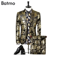 2017 new arrival High quality velvet golden printed suits men,wedding adress casual suit men,plus-size M,L,XL,XXL,XXXL,4XL
