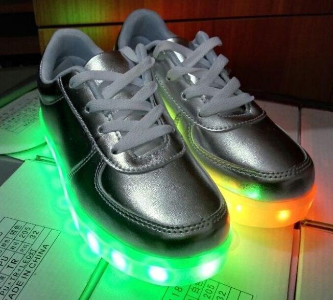 add826c3d الأطفال بنين/بنات أحذية أطفال led المضاء usb تغذى عرضي حذاء أحذية خفيفة  أحذية chaussure الشقي مضيئة ملونة
